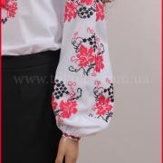 Жіноча вишиванка купити